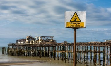 hastings-pier-guardian-photo