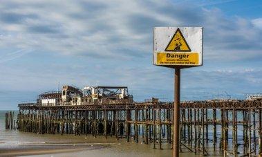 hastings-pier-guardian-photo