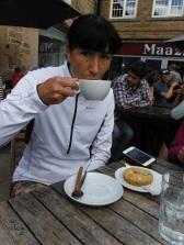 post-run-coffee-and-carbs
