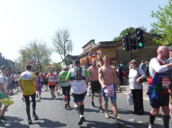 mile 10 london marathon 2018 (8)