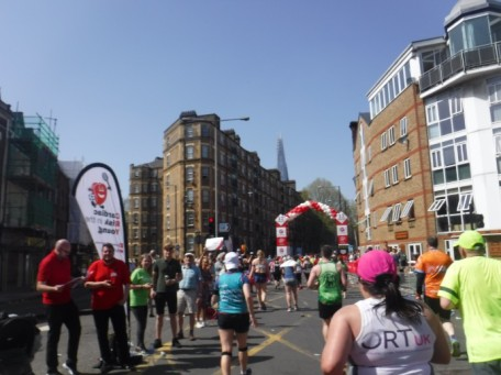 mile 12 london marathon (1)