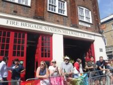 Mile 17 London Marathon grenfell firefighters (1)