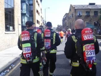 Mile 17 London Marathon grenfell firefighters (4)