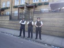 Mile 17 London Marathon grenfell firefighters (5)