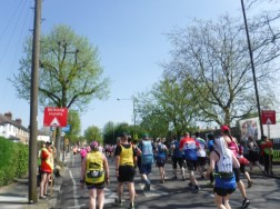 mile 2 london marathon (2)