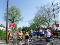 mile 2 london marathon (2)