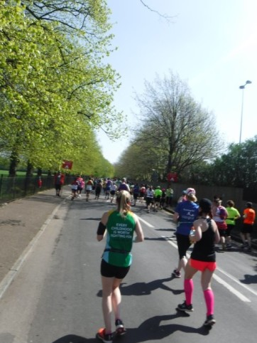 mile 2 london marathon (4)