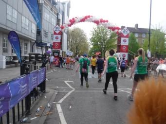 mile 21 london marathon (1)