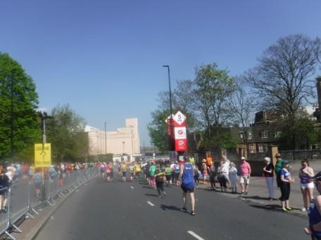 Mile 3 london marathon 2018 (1)
