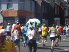 Mile 6 london marathon 2018 (2)