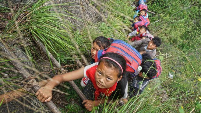 climb down to school