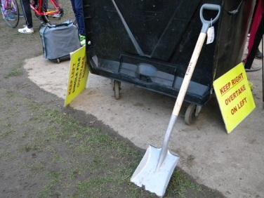 resized spade