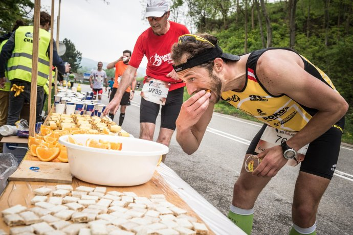 ultra running eating contest