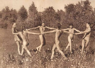 World Naked Gardening Day (1)