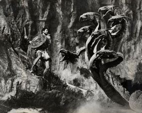 ray-harryhausen-hydra3