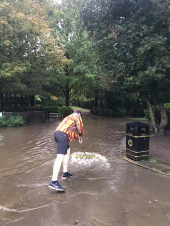 BH holding back the tide at hallam parkrun